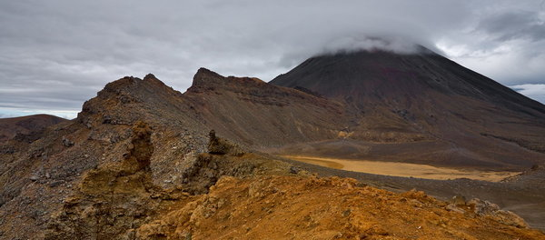511_064_Tongariro_Alpine_Crossing_resize